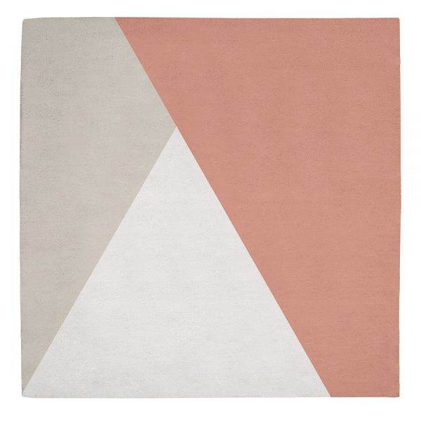 tapis enfant triangle gris et corail lilipinso 150x150. Black Bedroom Furniture Sets. Home Design Ideas