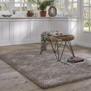 Tapis COSY GLAMOUR taupe Esprit Home shaggy