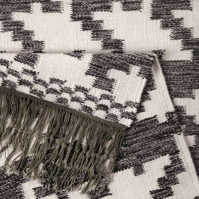 tapis houndstooth moderne noir et blanc 130x190. Black Bedroom Furniture Sets. Home Design Ideas