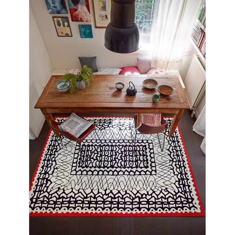 tapis oriental noir et blanc esprit home 70x140. Black Bedroom Furniture Sets. Home Design Ideas