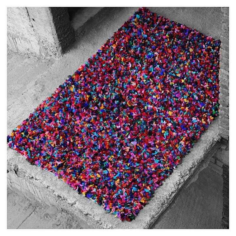 Tapis en coton multicolore the rug republic rockon shaggy tiss main 160x230 - Tapis shaggy multicolore ...